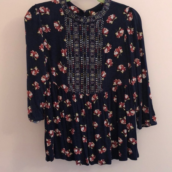a5b40921 Anthropologie Tops | Knit Floral Peasant Top | Poshmark